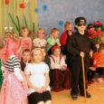 """Üleeile tähistas Valjala lasteaed pidulikult oma 35. sünnipäeva. Selleks puhuks toodi lasteaias lavale imearmas muusikal """"Pöial-Liisi"""", mis sündis muusikaõpetaja Tiina Sünteri ja tublide esimese, teise ja kolmanda rühma laste ja […]"""