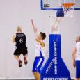 Eile õhtul toimus Kuressaare spordihoones heategevusüritus Tähtede mäng. Korvpallis kohtusid omavahel Saaremaa Ühisgümnaasium ja Kuressaare Gümnaasium. Mäng lõppes SÜGi võiduga 101:98. Fotod: Henri Sink