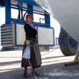 Eile keskpäeval lasti Baltic Workboatsi tehase juures Nasva sadamas pidulikult vette Abruka uus liinilaev, löödi pudel kangemat kraami vastu laevavööri puruks ja ristiti ta ametlikult Abroks. Abro ehitanud Baltic Workboatsi […]
