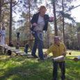 """Laupäeval avati Kärla vallas Vennati külas Saare maakonna unikaalseim, 28 atraktsiooniga Hallikivi seikluspark. """"Nüüd on see valmis ja hooaeg ees,"""" rõõmustas perenaine Riina Kaasik, kes koos abikaasa Kalle Voogiga kolm […]"""