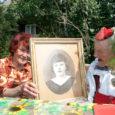 Abrukal 100 aastat tagasi metsavahi peres sündinud Erna Karpets elab nüüd tütre juures Pärsamal. Veel kaks aastat tagasi elas ta üksinda Kuressaares teisel korrusel asuvas ahiküttega korteris ja sai endaga […]