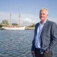 """Täna tähistab oma esimest juubelisünnipäeva Saaremaa Laevakompanii juhatuse esimees ja tegevjuht Tõnis Rihvk. """"Rahul ei tohi vist olla, siis lähed mugavaks, aga patt oleks kurta,"""" ütles Tõnis Rihvk oma toimetamistele […]"""