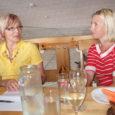 """Kuressaare 17. merepäevade avatseremoonial kuulutatakse välja konkursi """"Saaremaa parim kalaroog 2013"""" võitja. Esmakordselt kavas olnud võistlusel osales kuus toitlustusettevõtet. Konkursiroogasid hinnanud viieliikmelise žürii arvates osutus võistlus tasavägiseks, ehkki võitja suhtes […]"""