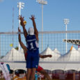 Võidulainel jätkasid Saarte mängudel kõik Saaremaa võrkpallurid. Võimaliku medalini on kõigil üle poole maa mindud. Naiste koondis alistas Hitra saare tulemusega 3 : 0 (25 : 12; 25 : 19; […]