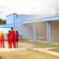 Laupäeval kell 14.54 sai häirekeskus teate, et Nasval põleb kalasuitsutsehh. Kuna Kuressaares toimus samal ajal Päästeameti korraldatud ohutuspäev, sõitsid tulekustutusautod sündmuskohale sireenidega otse ohutuspäevalt.Nii võis nii mõnelegi pealtvaatajale jääda mulje,et […]