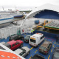 Täna sõidavad Saaremaa liinil parvlaevad Hiiumaa, Ionas ja Harilaid. Hiiumaa liini teenindavad Regula ja St Ola. Kuivastu ja Virtsu sadamates kell 10:40 järjekordi ei olnud.