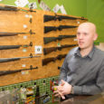 Artemis Tradingu juht Janar Suuster kaebas õiguskantslerile tarbijakaitseameti peale, kes kohustas relvi ja laskemoona müüvaid ettevõtteid kõrvaldama oma kodulehelt relvade ja laskemoona reklaami. Relvade ja laskemoona reklaam on reklaamiseaduse järgi […]