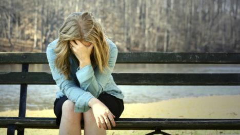 MASENDUSES: Asjatundjate sõnul kannatab suur osa inimestest sügistalvise depressiooni või raskemeelsuse all. Meeleolu parandamiseks piisavat sellest, kui lisame oma keskkonda rohkem erksaid värve. Foto: internet