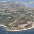 """Ruhnu vallavanem palub Saare maavalitsusel kaaluda Ruhnul saarevahi ametikoha loomist. Saarevahi peamine tööülesanne oleks õiguskorrast kinnipidamise tagamine väikesaarel. """"Aastast aastasse kasvab Ruhnut külastavate turistide arv. Kui püsielanikke on saarel praegu […]"""
