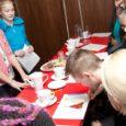 Noorte äriideede konkursil Saaremaa Päike 2014 finaali jõudnud meeskonnad said reede õhtul Johan SPA-s toimunud ettevõtlusõhtul esitada oma võistlustööd žüriile. Hinnatiesitatud ideekirjelduste majanduslikku otstarbekust, kohaliku eripära väljatoomist, loomingulisust ja innovaatilisust. […]