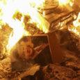 Autokraatselt valitsenud president Viktor Janukovõtš tõugati võimult. Maailma ajakirjandus esitab õigustatud küsimuse, milliseks kujuneb Ukraina lähitulevik? Vahetult enne Kiievist pagemist oli Janukovõtš Euroopa Liidu kolme välisministri juuresolekul allkirjastanud opositsiooniga kriisi […]