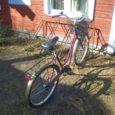Kolmapäeval varastati Kuressaares Tallinna tänaval asuva Elektroonika Äri tagant kaks Minerva jalgratast, üks punane, teine roheline. Omanikud palusid vargale ajalehe kaudu teada anda, et tema tegevuse salvestas kell 17.10 kaupluse […]