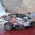 """Eile algas Harjumaa teedel Harju ralli, kus saarlaste rallipaar Rasmus Uustulnd ja Imre Kuusk läksid rajale Ford Fiesta R2-ga, mille on lustakal moel kujundanud kunstnik Erkki Evestus. """"Minu teene oli […]"""