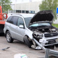 Eile õhtul kella seitsme paiku toimus Roomassaare teel avarii, kus Roomassaare poolt tulnud auto Toyota RAV4 kaldus sõidu ajal parempoolsele teepeenrale, rammis autoga piirdeposti ja seejärel sõitis sisse sõiduteed ja […]