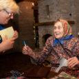 Kaali trahteri suur sünnipäevapidu toimus reede õhtul Kihnu Virve laulude saatel. Pikemalt juba järgmisel nädalal Saarte Häälest!
