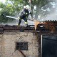 Laupäeva õhtul kell 18.22 sai häirekeskus sõnumi, et Orissaare vallas Kareda külas põleb hoone. Sündmusele reageerisid Tagavere ja Leisi vabatahtlikud,Orissaare paak- ja põhiauto, Kuressaare paak-, põhiauto jaoperatiivkorrapidaja.Päästjate kohale saabudes oliühekorruselisel […]