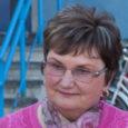 Viimasel ajal paljude probleemidega avalikkuse ette jõudnud Kudjape sai eile uue alevikuvanema. Ameti maha pannud Toomas Sepa asemele valiti Liia Steinberg (fotol), kes edestas teist kandidaati Tiia Tammsalut. Koosolekul rääkisid […]