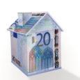 Äripäeva andmeil toidab intressikeskkond Eestis tegutsevate suurte pankade arvates kinnisvaraturu ülekuumenemist, mistõttu on hakatud kinnisvaraprojektide finantseerimist piirama. Saaremaal laenamine väidetavalt hoogustunud pole. Swedbanki kinnisvarasektori juht Ero Viik tõdes hiljuti toimunud […]