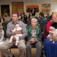 """Eile toimus Kuressaare kultuurikeskuses linnapea traditsiooniline vastuvõtt beebidele, seekord neile pisipõnnidele, kes sündinud ajavahemikus 1. märts kuni 1. juuni. """"Suur ja raske töö on tehtud, aga veel pikaajalisem ja keerulisem […]"""