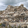 Ajalehe Lääne Elu andmetel hakkasid Saaremaa firma OÜ Rengo töömehed läinud nädalal üles laduma Virtsu vasallilinnuse müüre. Leht kirjutab, et esimesena võeti ette linnuse merepoolne külg, sest seal olevat müürist […]