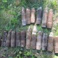 """Reedel käisid demineerijad Torgu vallas Mõntu küla metsas, kus langenud sõdurite säilmeid otsinud muuseumitöötajad olid leidnud lõhkekehi. """"Sündmuskohal selgus, et neljast erinevast kohast oli kokku leitud 18 Vene päritolu mürsku. […]"""
