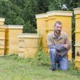 Eile võtsid Saare- ja Muhumaa mesinikud vastu kolleege mandrimaalt. Ligi 150 mesinikku osaleb Eesti mesinike liidu suvepäeval ja tänasel üleriigilisel mesinike suvisel teabepäeval Saaremaa ühisgümnaasiumis. Muhulastel ja saarlastel on esmakordne […]