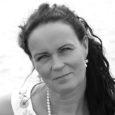 """Neljapäeval kell 11.19 teatati politseile, et Loode tammiku matkarajalt Kaarma vallas on leitud surnukeha. """"Surnuna leiti 51-aastane naine. Surnukeha saadeti surma põhjuste väljaselgitamiseks lahangule,"""" teatas politsei pressiesindaja Kaja Grak neljapäeva […]"""