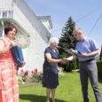 Eile tunnustas Kuressaare linnapea Hannes Hanso 37. korda linna kaunimaid hooneid ja aedu ning nende eest hoolitsejaid. Esimene peatus tehti Kihelkonna maantee ringteel asuvas OÜ Naabriaed aiapoes, mille perenaiseks on […]