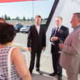 Ukraina suursaadik Eestis Viktor Kryzhanivsky, Ukraina aukonsul Vjatšeslav Leedo ja Saaremaa ooperipäevi korraldav Eesti Kontsert korraldasid Nasva klubis vastuvõtu.