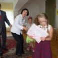 """Saaremaad külastav Taiwani suursaadik Gary Ko koos abikaasa Serena Koga kinkisid Aste lasteaiale 500 eurot. """"Kuna toetame oma missiooniga lapsi, siis on meie suur soov ka siinset lasteaeda aidata,"""" ütles […]"""