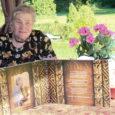Erksates värvides lilleilu jagub Tiiu Saani koduaeda Mustjalas Silla külas küllaga, jagub talu tara taha metsaveerde ja kaugemale mere äärde. Talvel tikib Tiiu suvelilli sviitritele, kampsunitele, pluusidele, linikutele, kottidele ja […]