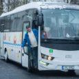 Alates esmaspäevast saavad Aste põhikooli õpilased kooli ja koju täiesti uue Isuzu Visigoga, mille bussijuht Rain Aav alles üleeile mandrilt Saaremaale tõi. Uus koolibuss kannab juba praegu Lääne-Saare valla sümboolikat. […]
