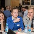 Kuressaare kultuurikeskuses oli eile mõnusat kohvikusuminat – noored ühes otsustajatega olid hoogsas keskustelus –, käimas oli tänavune Saaremaa osaluskohvik. Kohaliku osaluskohviku üks korraldajaist, Saaremaa noortekogu esimees Andreas Hõlpus rääkis, et […]
