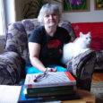 """""""Lugemine on üks mõnusamaid asju maailmas,"""" kinnitab oma sõnul kõigelugeja Ada Tuulik säravi silmi, käsi koheva valge karvaga kassi Kribu kukalt kudistamas. """"Kui mul midagi muud ei ole, võtan Rodini […]"""