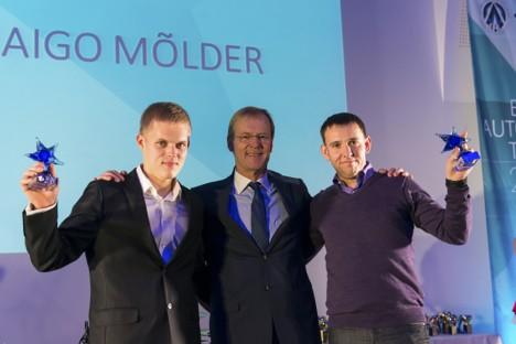 RALLIÄSSAD: Ott Tänak, Eesti autospodiliidu president Ari Vatanen ja Raigo Mölder poodiumil. Foto: Jaanus Ree