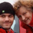 """TV3 heategevuslikus jõulusaates """"Inglite aeg"""" kutsutakse inimesi aitama kolme Eesti peret. Saaremaalt on saates Pärsama külas elavad liikumispuudega Hannes ja tema 63-aastane ema Vaike Ränk, kes unistavad erilisest trepironijast. Vaike […]"""