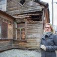 Kuressaare linnavalitsus ja Komandandi 11A asuva hoone omanik Slavik Bõstrov jõudsid kokkuleppele, et linn lammutab maja ja saab tüki kinnistust omale. Tänu sellele laieneb Rootsi ja Komandandi tänava ristumiskoht. Lagunenud […]