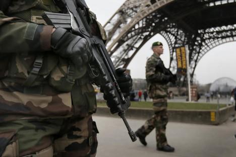 ÄREVAD AJAD: Pärast 7. jaanuari terrorirünnakut on Prantsuse eriüksused jätkuvalt kõrgendatud lahinguvalmiduses. Tõenäosus on suur, et usufanaatikud võivad uuesti rünnata. Foto: Bostonglobe.com
