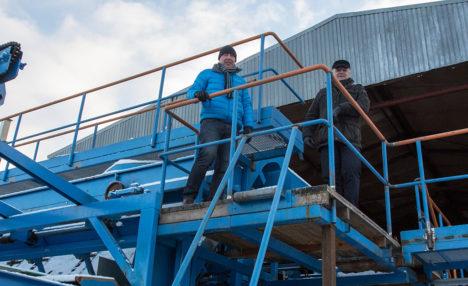 VARSTI LÄHEB TÖÖKS: Jaanus ja Kalmer Põlluäär plaanivad Sikassaarde rajatavas saeveskis katsetusteni jõuda märtsis ja töö peaks käima minema aprillis. Foto: Raul Vinni