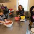 """Oma koduköögis aiasaadustest kuivatatud söögipalasid valmistama hakanud Kati Mäekallas on oma firmaga arenenud üle-eestilise haardega ettevõtjaks. """"Sinu hea tuju toit"""" seisab Good Mood Foodi reklaamlehel. Seda firma ingliskeelne nimi eesti […]"""