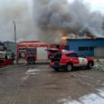 Täna kell 12.57 sai häirekeskus teate tulekahjust Lääne-Saare vallas Kudjape alevikus, kus helistaja sõnul põles klaasplasti tehas. Sündmusele reageerisid päästjad Kuressaare, Orissaare, Kihelkonna ja Pihtla komandodest. Esimesena jõudsid sündmuspaigale Kuressaare […]