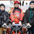 Saaremaal tegutseva klubi MC Saaremoto noored quadi-sõitjad (ATV) olid lõppenud hooajal Eesti motokrossi võistlussarjades edukad. Uueks hooajaks on sihid jälle kõrgeks seatud ning ühtlasi oodatakse juurde uusi sõitjaid. Kaheteistaastane Siim […]