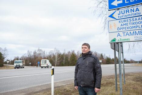 PROBLEEMNE RISTMIK UPAL: Liikluskomisjoni liige Veiko Viil juhtis tähelepanu, et linnale ja selle lähiümbrusele langeb suurim liikluskoormus. Foto: Tambet Allik