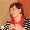 Lääne-Saare vallavoliniku Arvi Halliku lahkumise tõttu teda volikogus asendav Jaanika Rikko valiti eilsel volikogu istungil ka revisjonikomisjoni liikmeks.