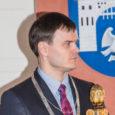 """""""Ideid, mida teoks teha, kindlasti on ja tööpuudust karta ei ole,"""" ütles äsja Kuressaare linnapeaks valitud Madis Kallas (fotol) eile Kadi raadio """"Keskpäevatunnis"""" kõlanud intervjuus saatejuht Tõnis Kipperile. Palju õnne […]"""
