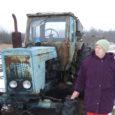 """Laupäeval Võhma seltsimajas toimuvale 13. vabariiklikule naismehhanisaatorite kokkutulekule tulevad kogu Eestist kokku traktoriroolis leiba teeninud naised. """"Praegu on nimekirjas 85 inimest,"""" ütles seekordse kokkutuleku korraldaja, Saaremaa Roolipiigade eestvedaja Juuli Pihl […]"""