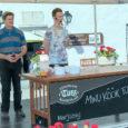 """""""PRIA turuarendamise projekti kaudu tutvustame Kuressaare turul peaaegu terve aasta köögivilju ja marju, aga ka liha-, piima- ja teraviljatooteid,"""" andis talunik Aivar Kallas neljapäeva pärastlõunal turul teada. Mahetoodangut presenteeriv Kallas […]"""