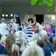 Kärla pargis toimus neljapäeval juba kuuendat korda Kärla Triip. Peaesineja oli seal sedakorda ansambel Traffic, laval käisid kakohalikud noored ning esineti ka ühes Genkaga. Fotod: Irina Mägi