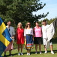 """Selle nädala lõpul saabub Stockholmist Kuressaarde esimene nn golfituristide otselend. Kuna huvi otselendude vastu on aga sügiseks oodatust kasinam, toimub osa lendudest alles kevadel. """"Saaremaa lendude vastu on huvi olemas, […]"""