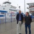 Saaremaa Laevakompanii (SLK) uus projekt Saksamaal saab pidulikult vormistatud – Elbe jõel avatakse täna Cuxhaveni-Brunsbütteli liin, mida asuvad teenindama seni Muhumaa ja Saaremaa nime kandnud parvlaevad. Täna ristitakse laevad Greteks […]